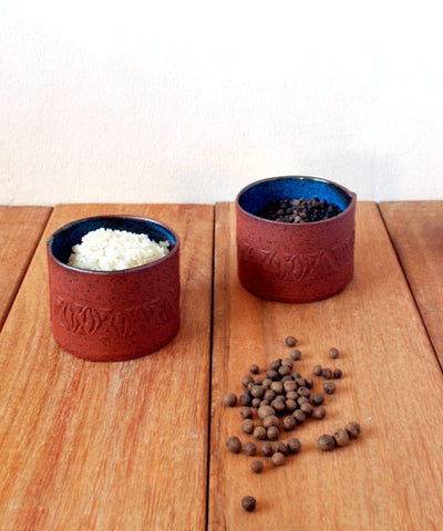 Salt & Pepper set, Ceramic Salt and Pepper Cellars, Round Condiment Cellars - ShellyClayspot