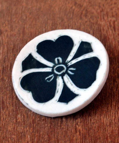 Porcelain Flower Brooch - ShellyClayspot