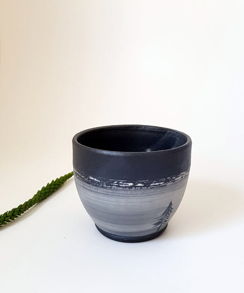 Black Tree Cup - Shellyclayspot