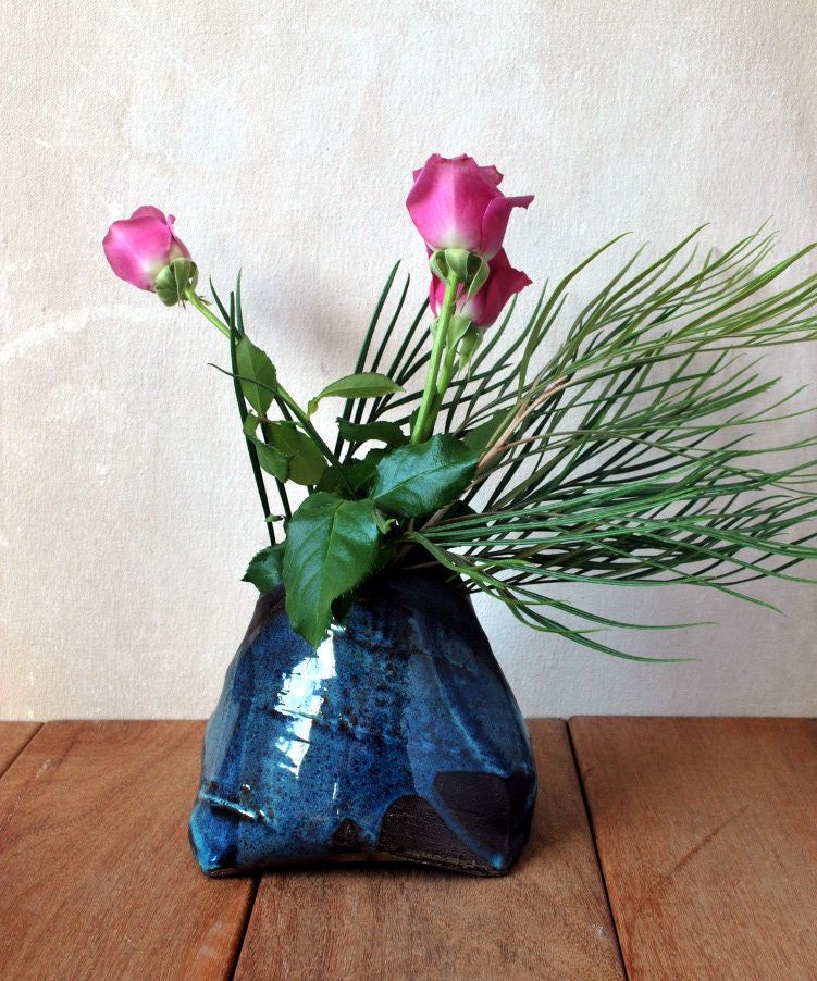 Blue Textured Flower Vase Small Pottery Vase -Shellyclayspot