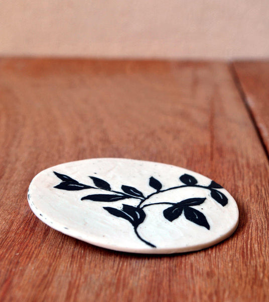 Porcelain Round Brooch Carved Leaves - ShellyClayspot