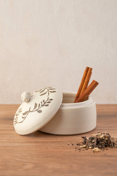 Salt Or Pepper Cellar With Lid Porcelain Box - ShellyClayspot