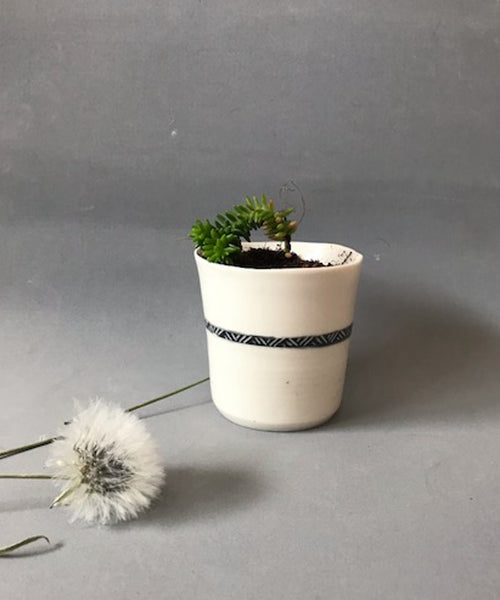 Small Porcelain Planter - ShellyClayspot