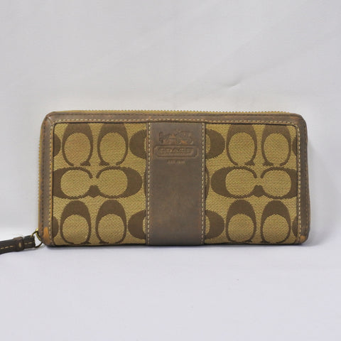 Coach Ladies Wallet (Chinatown)