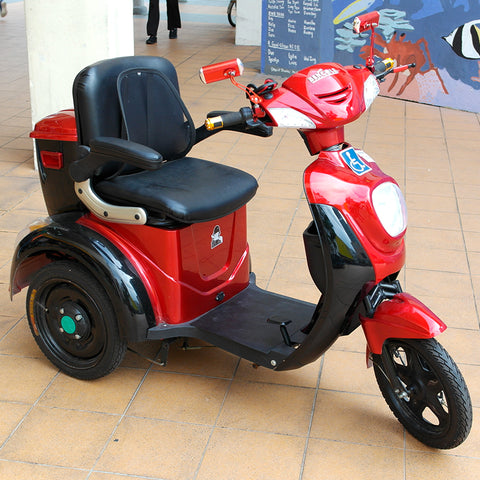 Bencole Red Electric Scooter (Toa Payoh)