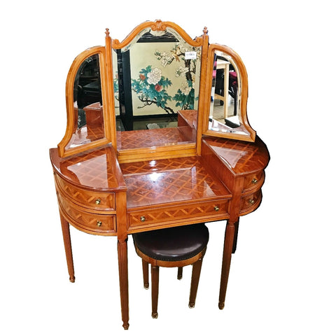 ITALIAN DESIGN DRESSING TABLE - (Kallang Bahru)