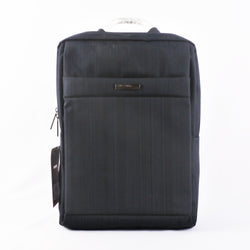 PLAIN USB BACKPACK (Selected Stores)