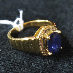 750 Yellow Gold Sapphire Ring With Diamonds (Kallang Bahru)