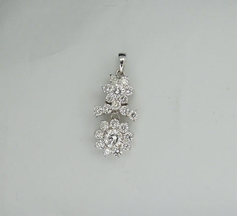 ONLY AVAILABLE AT OUR BEDOK OUTLET - DIAMOND PENDANT