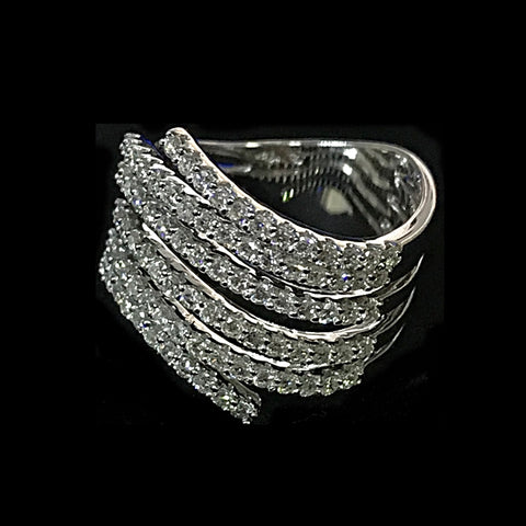 750 WHITE GOLD WITH DIAMONDS RING- (Kallang Bahru)