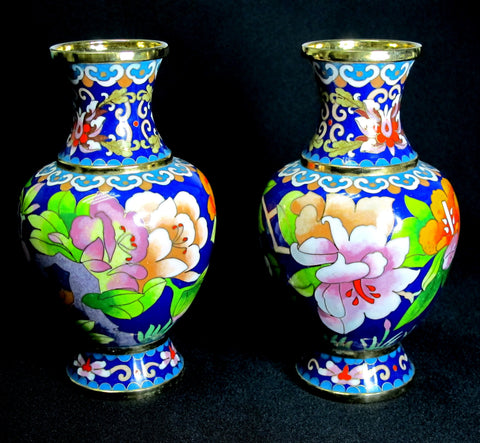 A pair of beautiful Cloisonne Vases 景泰蓝花瓶 (Toa Payoh)