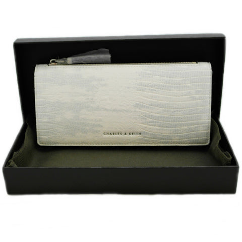 BRAND NEW CHARLES & KEITH LADIES WALLET