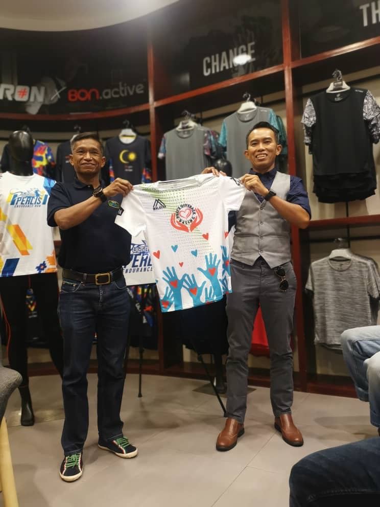 PUZI'S GIVEBACK TO BALING T-SHIRT