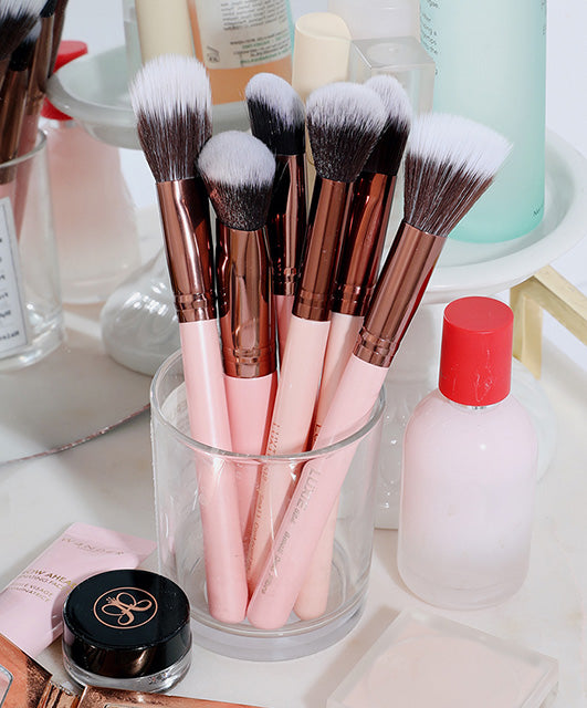 Perfect your skincare routine with makeup brushes