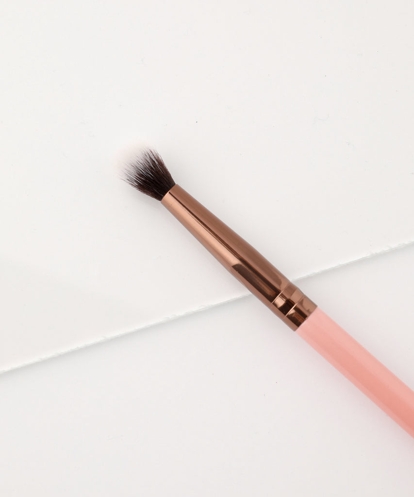 LUXIE 231 Small Tapered Blending Makeup Brush - Rose Gold - luxiebeauty