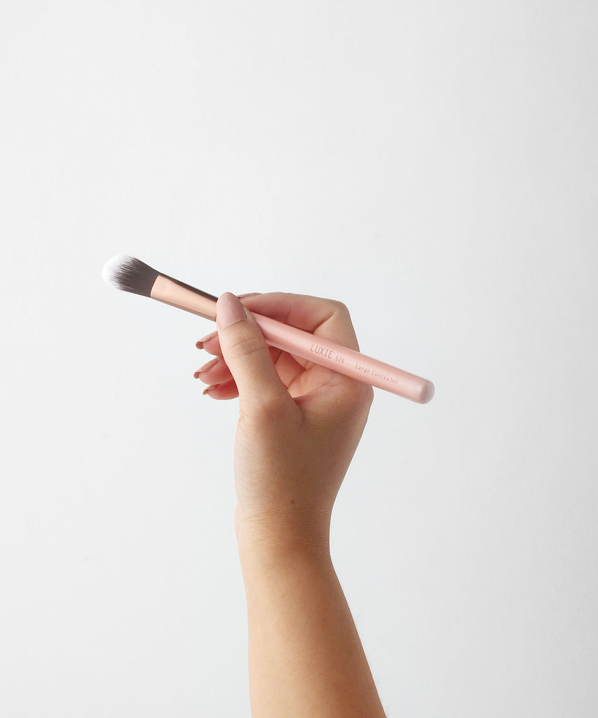 LUXIE 526 Large Concealer Brush - Rose Gold - LuxieBeauty