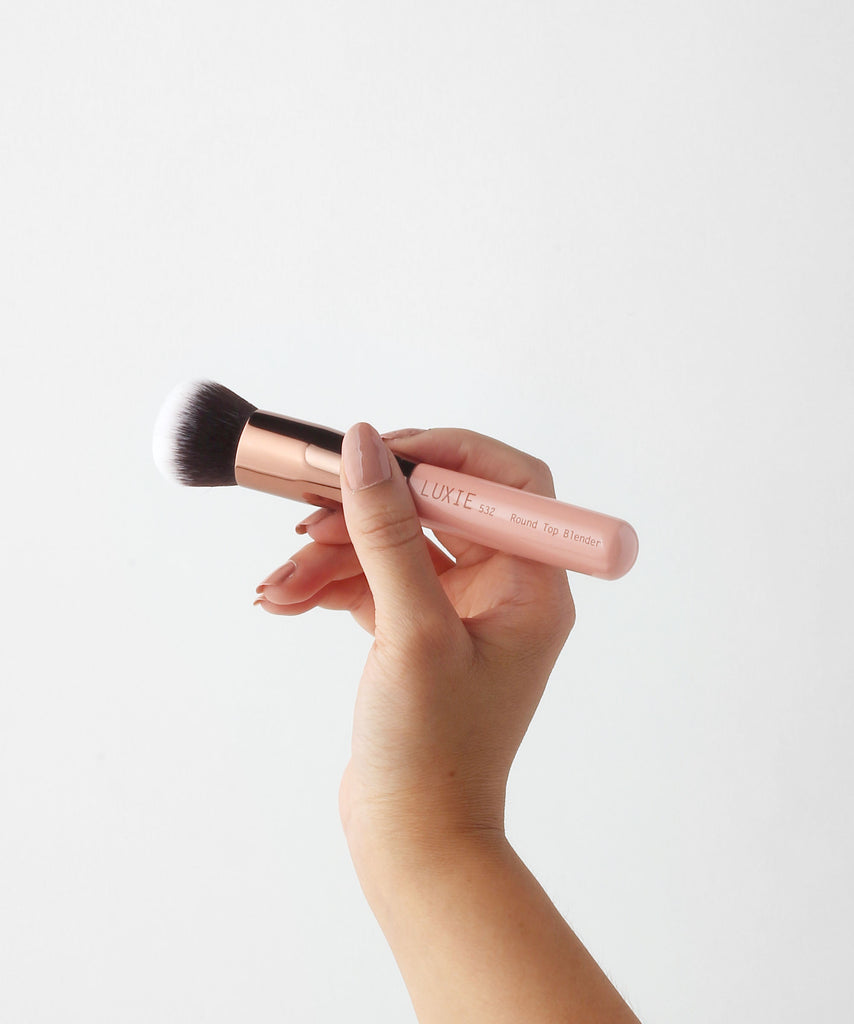 LUXIE 532 Round Top Kabuki Makeup Brush - Rose Gold - luxiebeauty