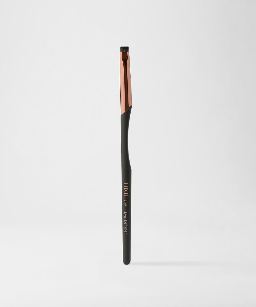 LUXIE 709 Eye Definer Brush - ProTools - LuxieBeauty