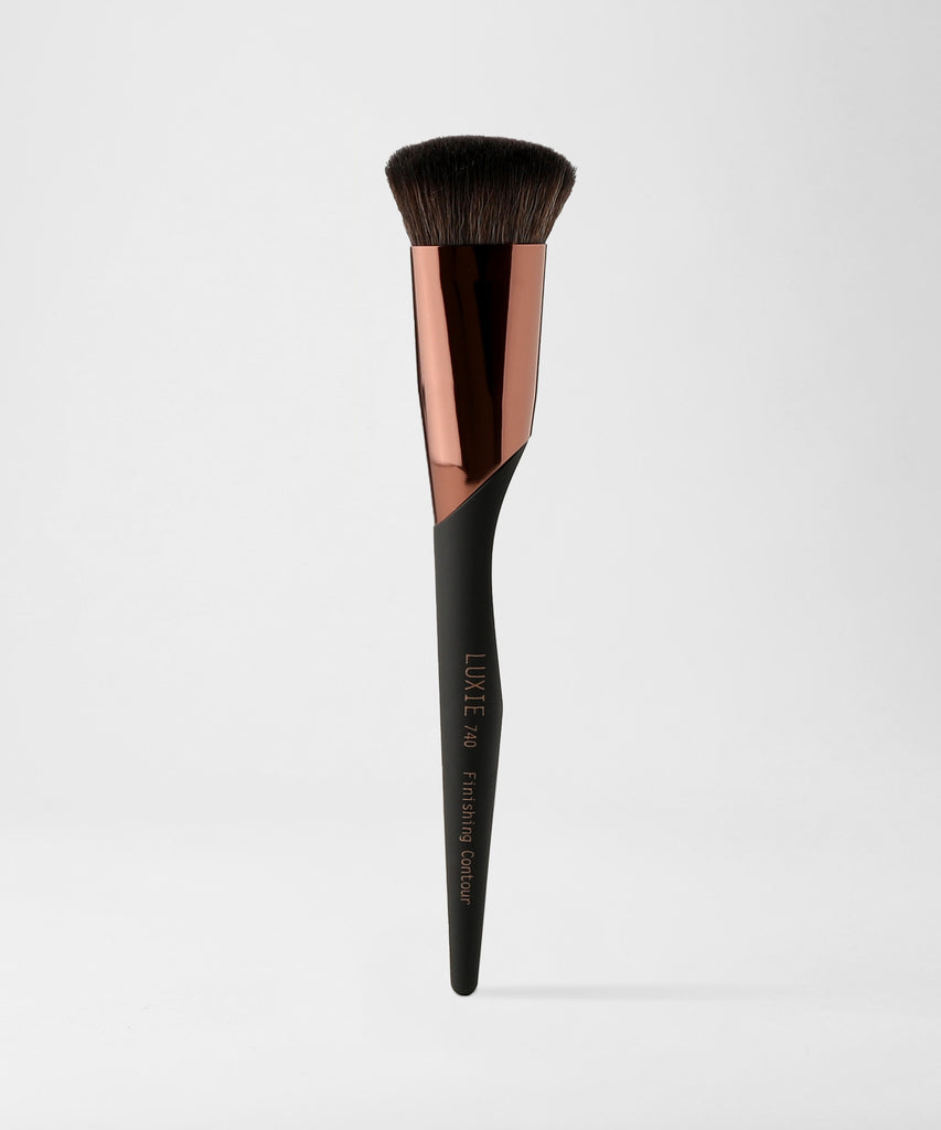 LUXIE 740 Finishing Contour Makeup Brush - ProTools - luxiebeauty | New Price $10