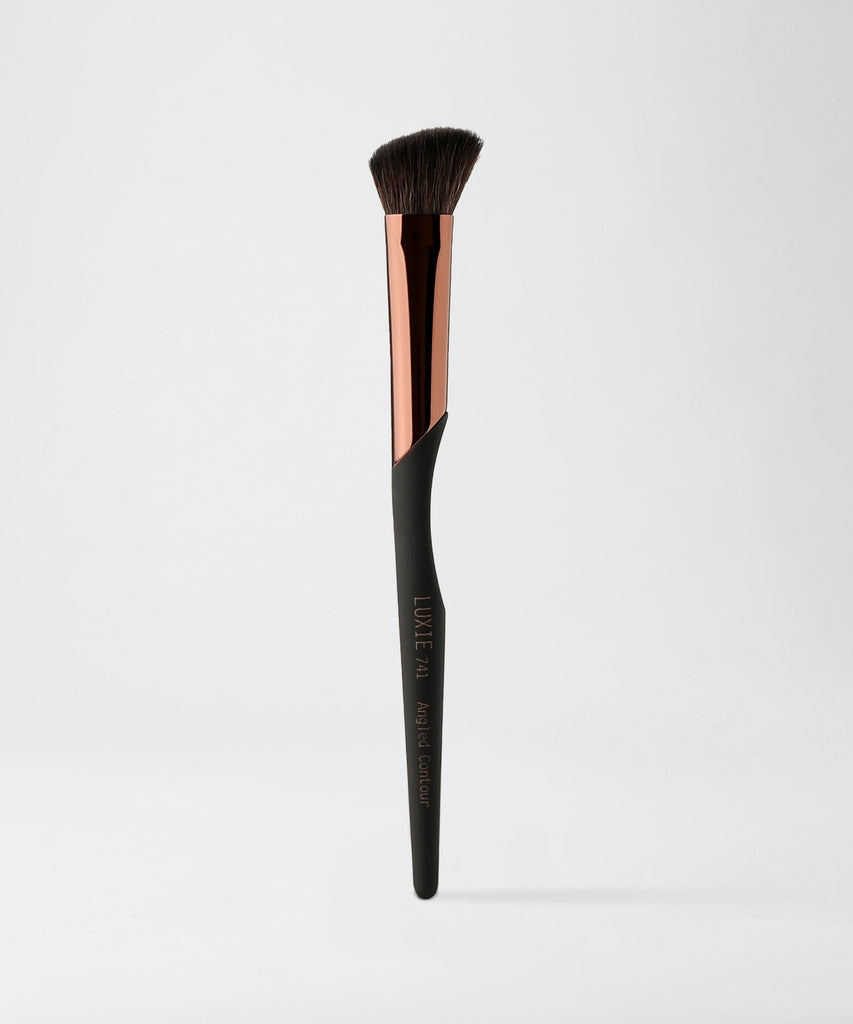 LUXIE 741 Angled Contour Makeup Brush - ProTools - luxiebeauty | New Price $10