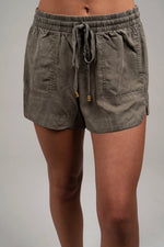 Always Near Shorts (Olive)