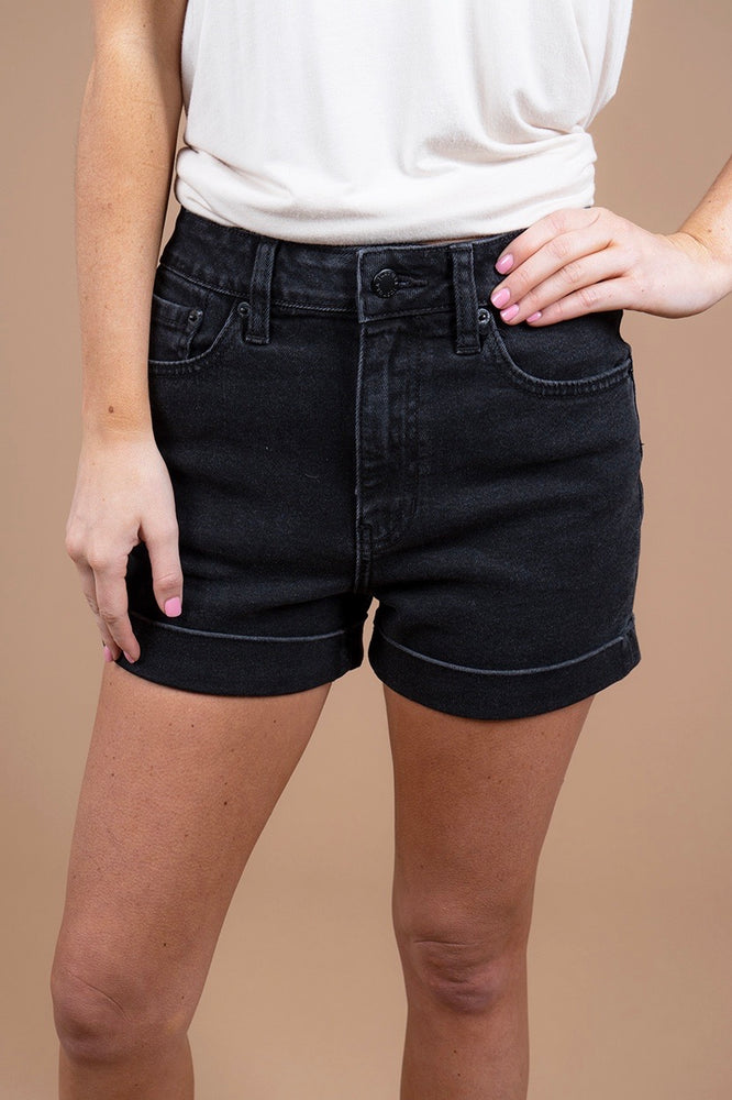 Lexee Shorts (Black)