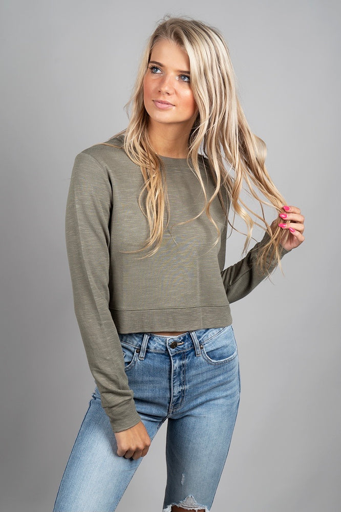 Daydreaming Crop (Olive)