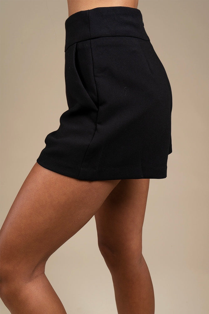 Hold On To Me Shorts (Black)