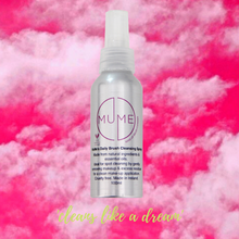 MuMe's Daily Brush Cleansing Spray
