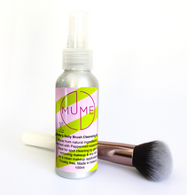 MuMe's peppermint daily brush cleanser