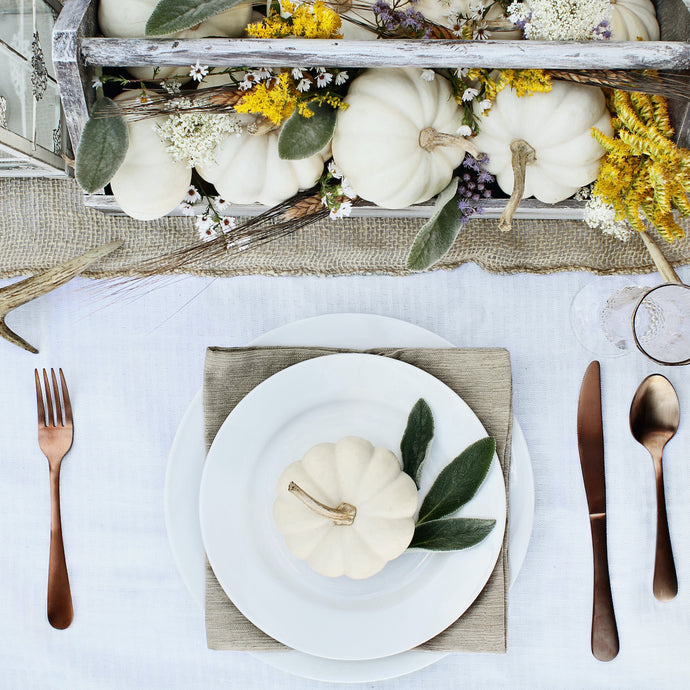 This Is The Formula You Need To Create The Perfect Thanksgiving Tablescape