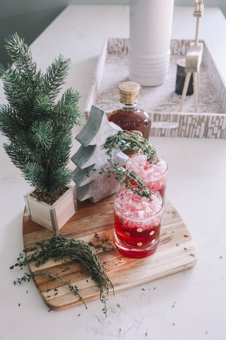 How to Make a Cranberry Ginger Winter Cocktail with Thyme
