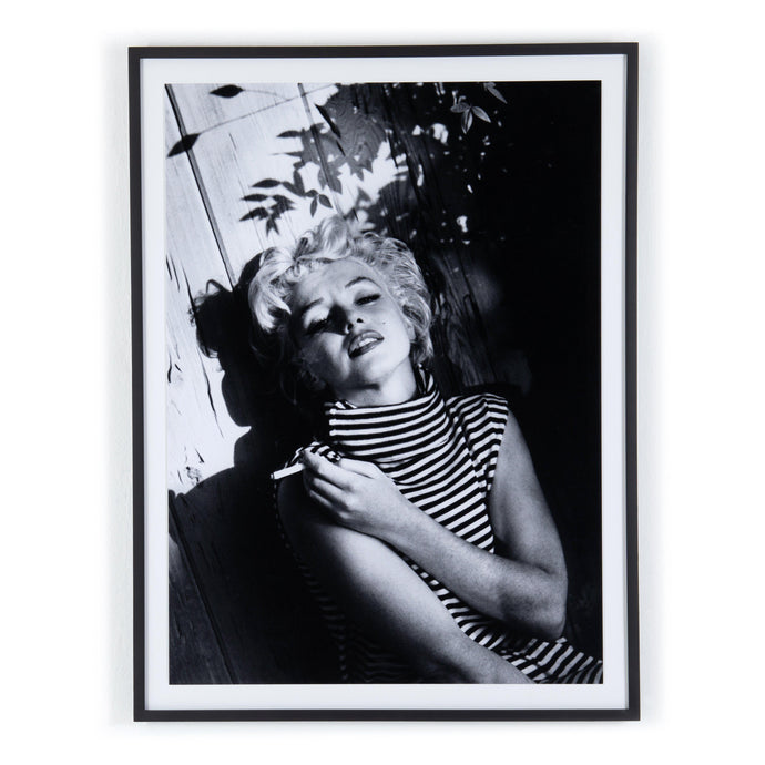 Marilyn Monroe Relaxing Framed Photography - Getty Images | Print | parker-gwen.