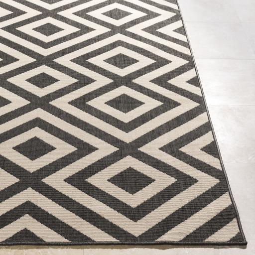 Alfresco Diamond Outdoor Rug - Multiple Sizes (Black & Cream) | Outdoor | parker-gwen