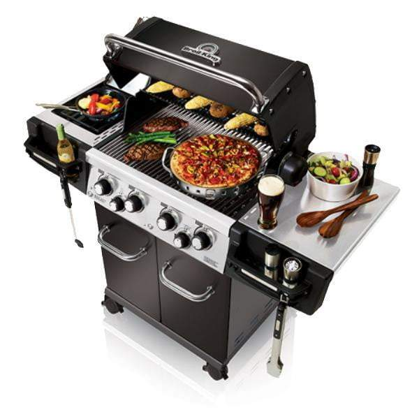 Broil King Regal 490 Pro Black Grill (Natural Gas or Propane) - Parker Gwen