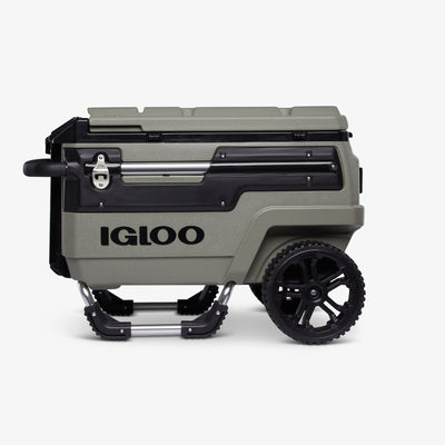 Front View | Trailmate Journey 70 Qt Cooler