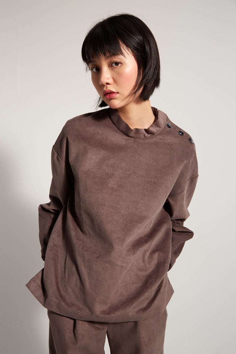 Bobbi sweater in grey corduroy