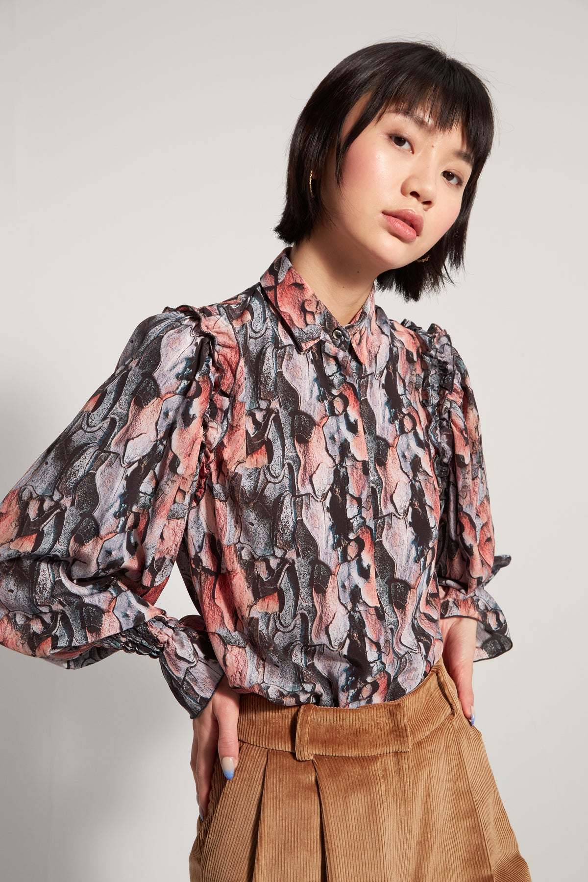 Imogen shirt in Tree Bark print