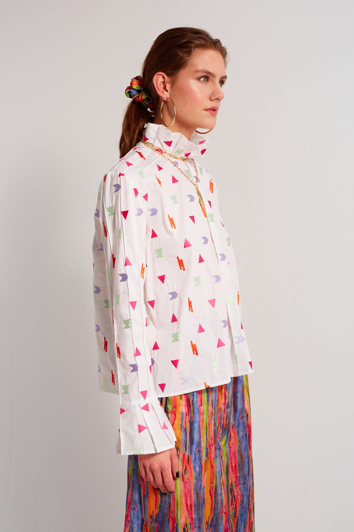 Muse shirt in Neon embroideries
