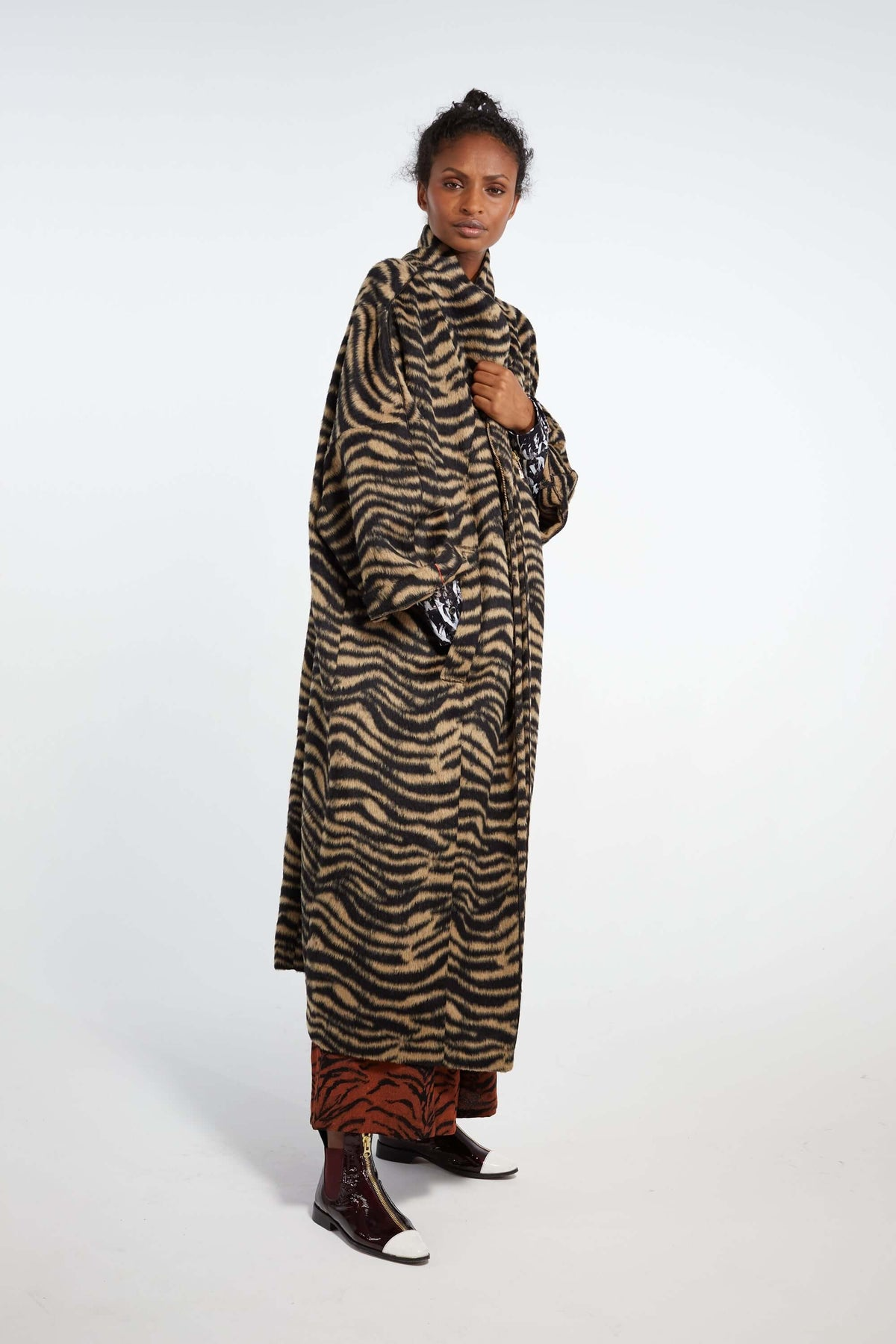 Eren coat in woolen tiger print