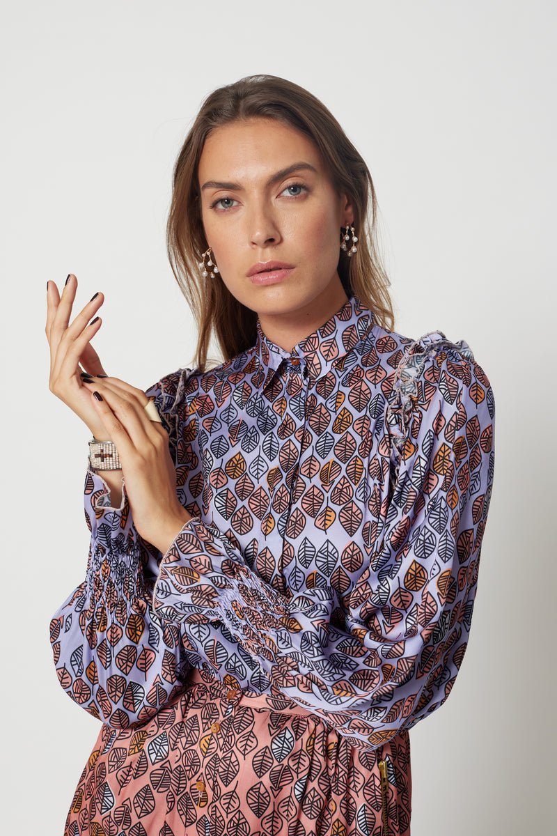 Imogen shirt in a lilac Leaf print