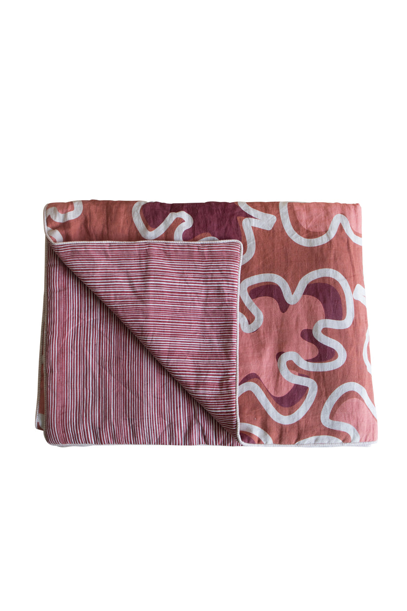 Heimstone x Gabrielle Paris - Bedspread in XXL leaf and stripes print