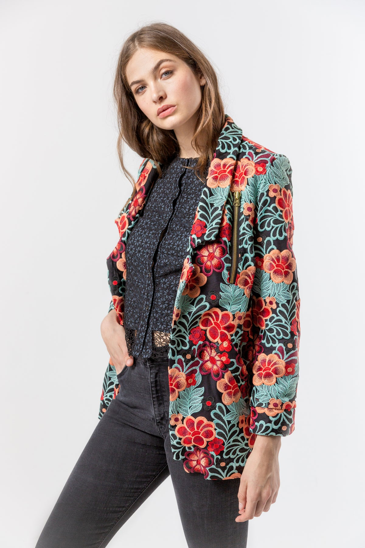 Tichy coat in flamboyant lace