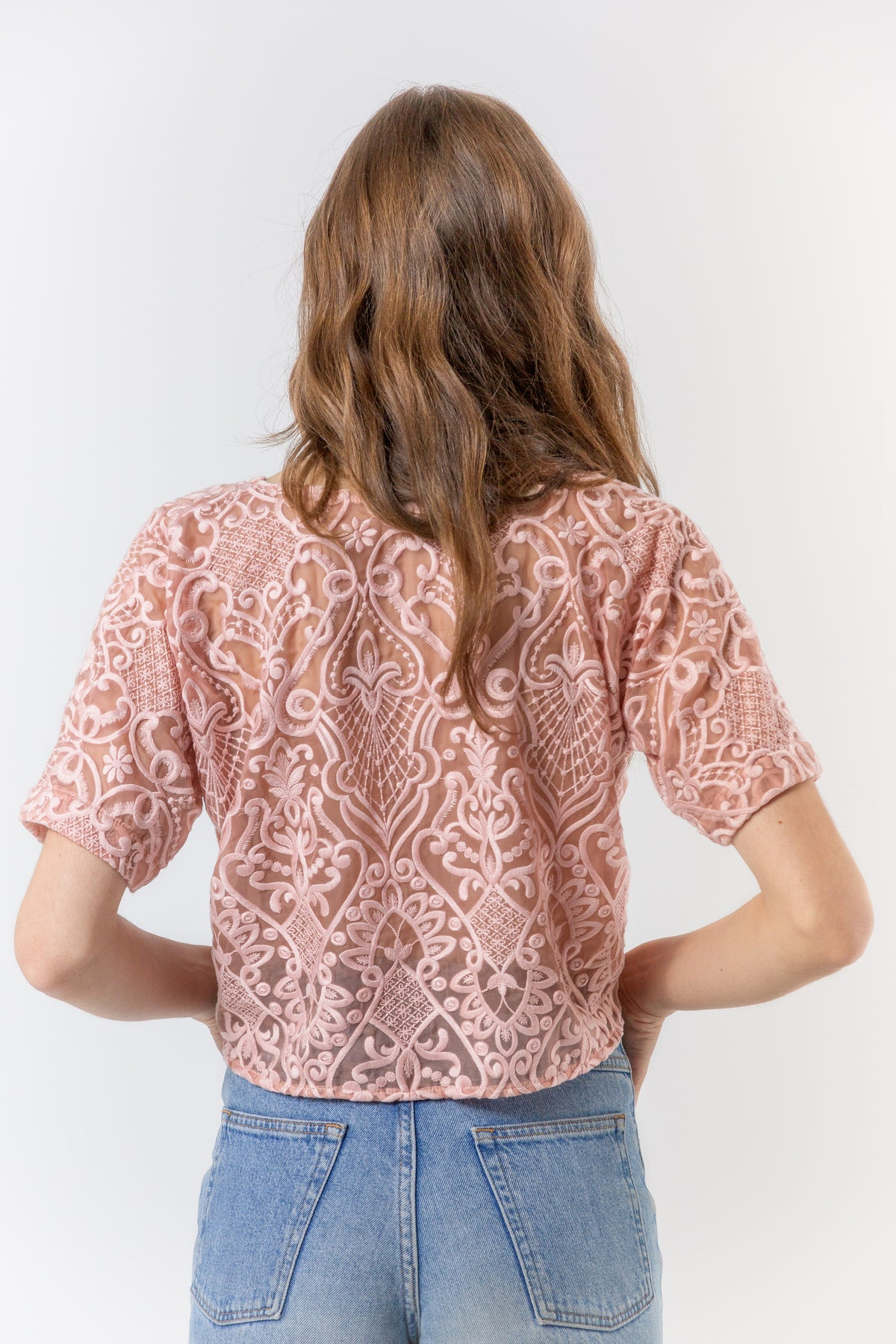 Wallace t-shirt in magnificent lace