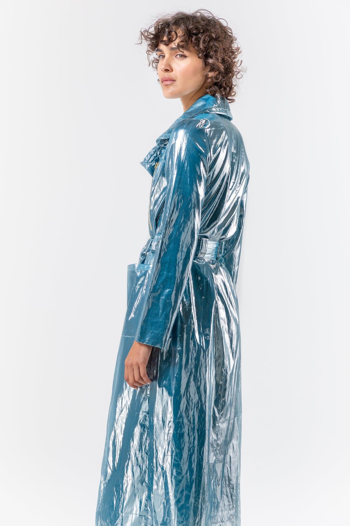 Hallow trench coat in spatial blue