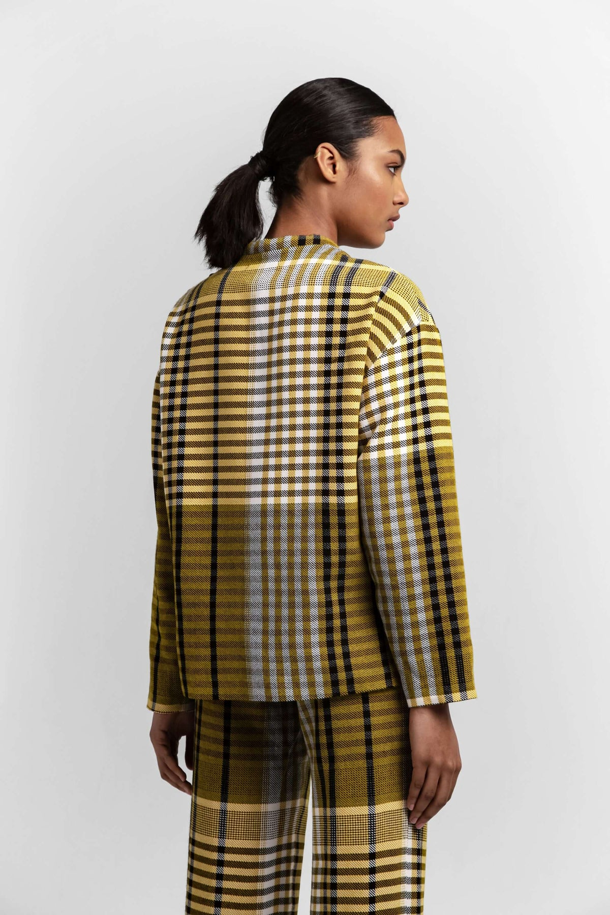 Bobbi sweater in mustard tartan