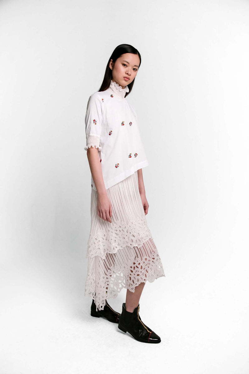 Dries dress in pirate embroideries