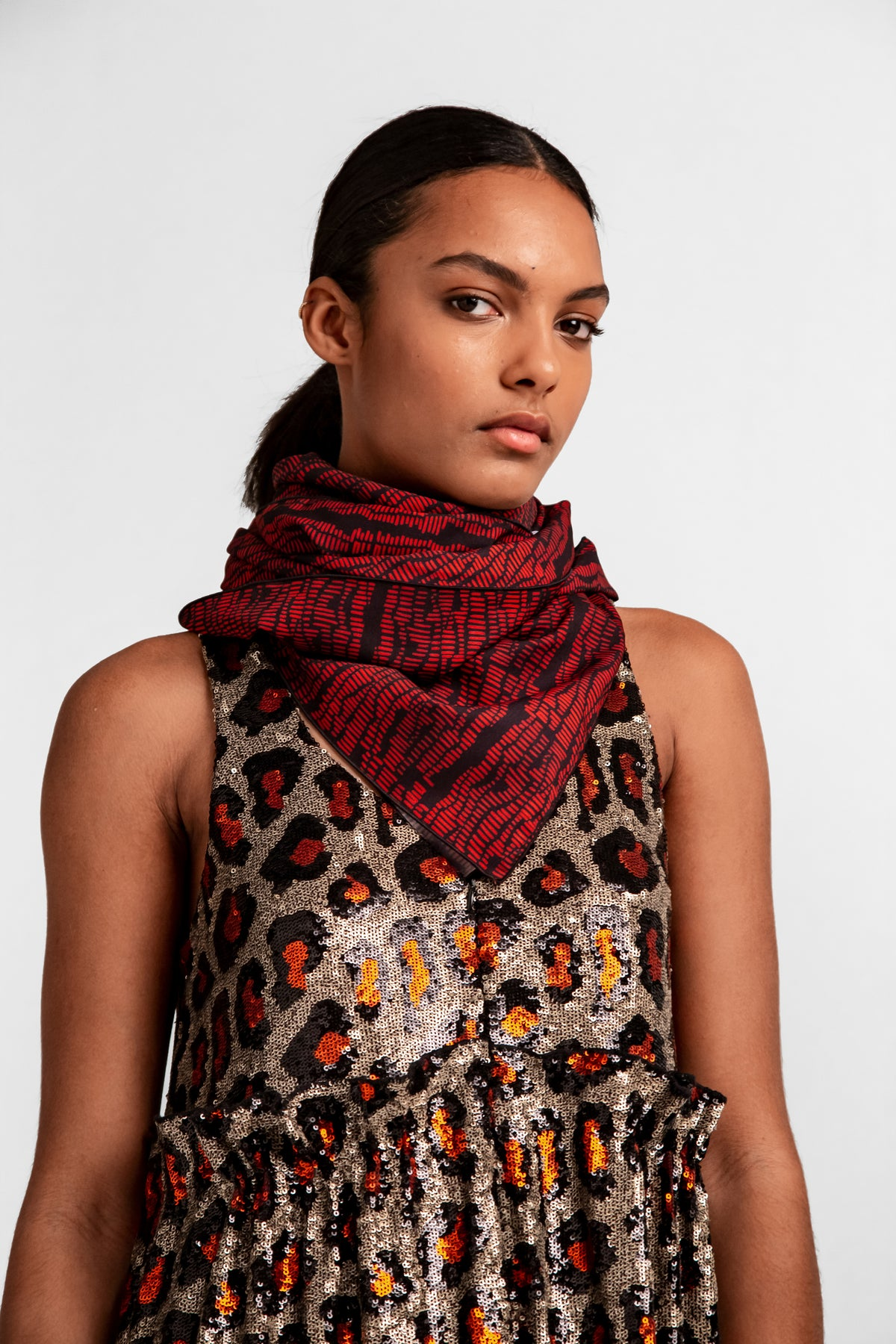 Scarf carré in strates print