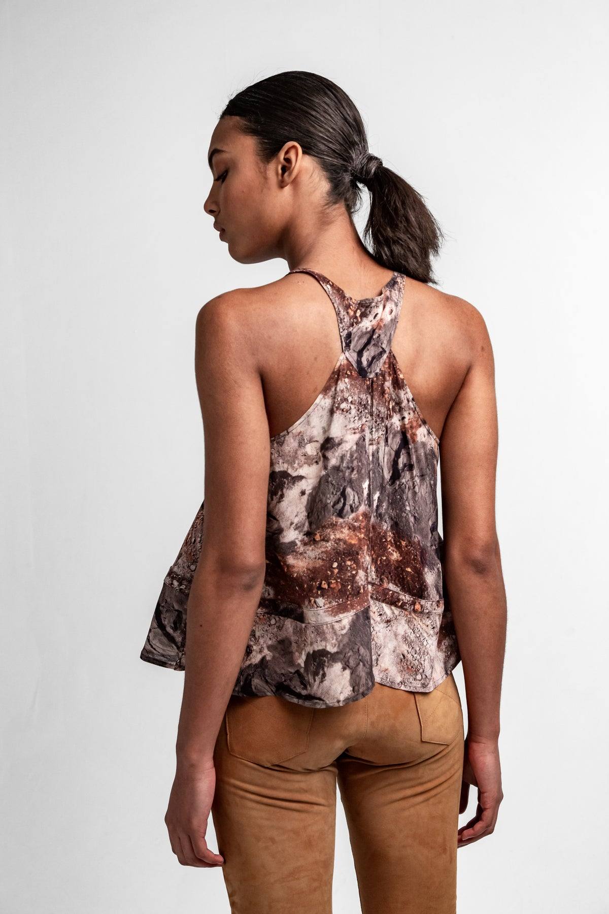 Java top in concrete print