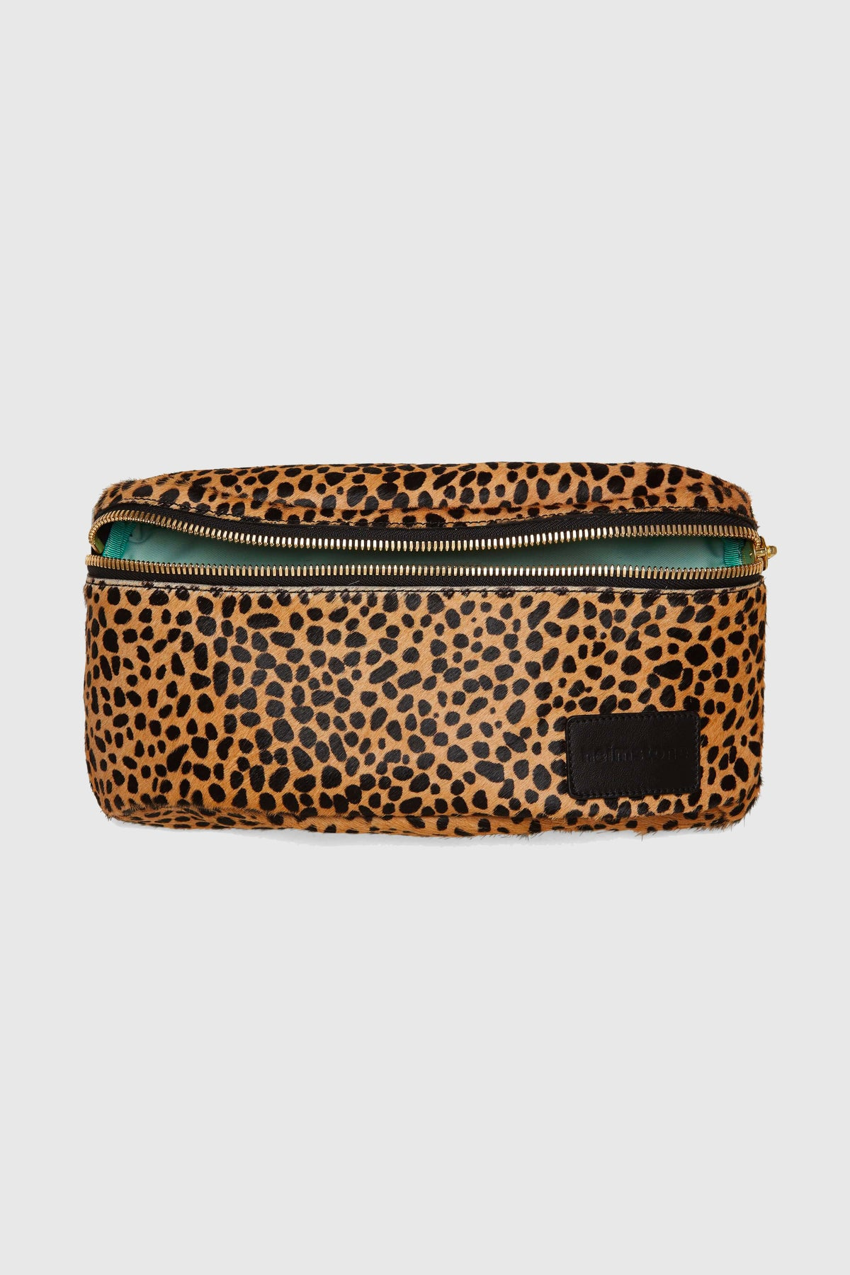 Fanny pack in cheetah printed leather